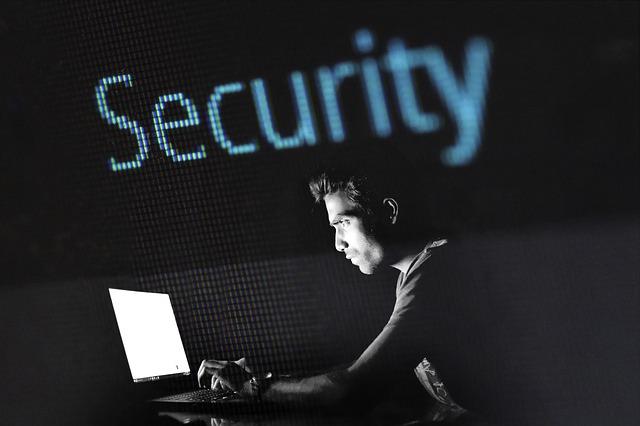 Fraude en Internet ¿qué hacer? y ¿cómo denunciar una estafa?